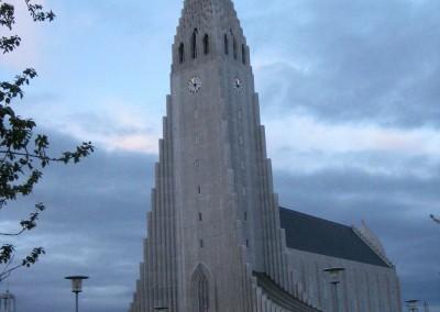 Hallgrimskirche, 76 m