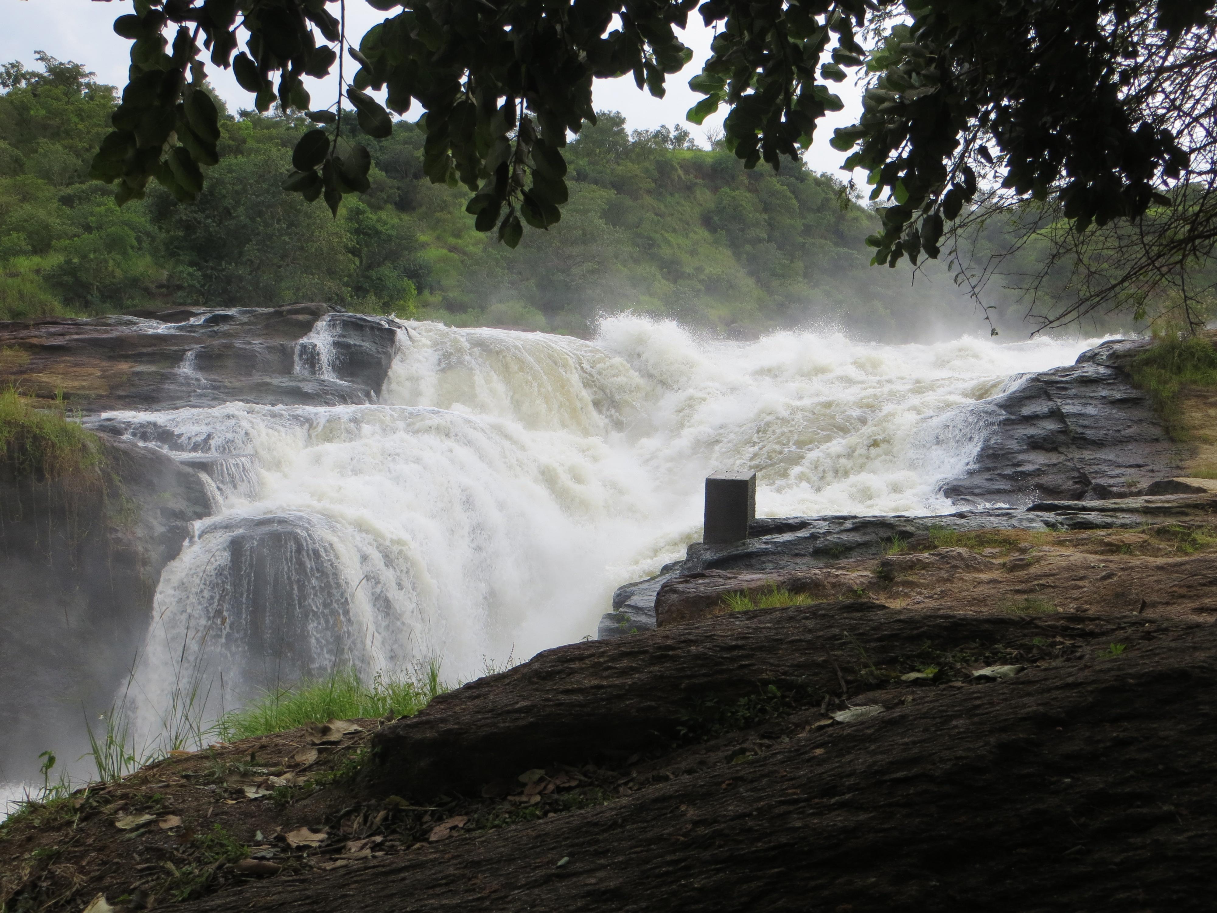 Viktoria Nil Falls